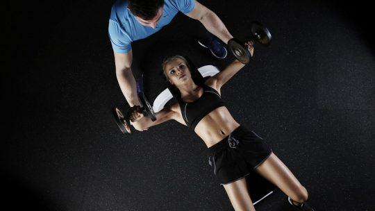 Les façons scientifiquement prouvées de développer vos muscles rapidement