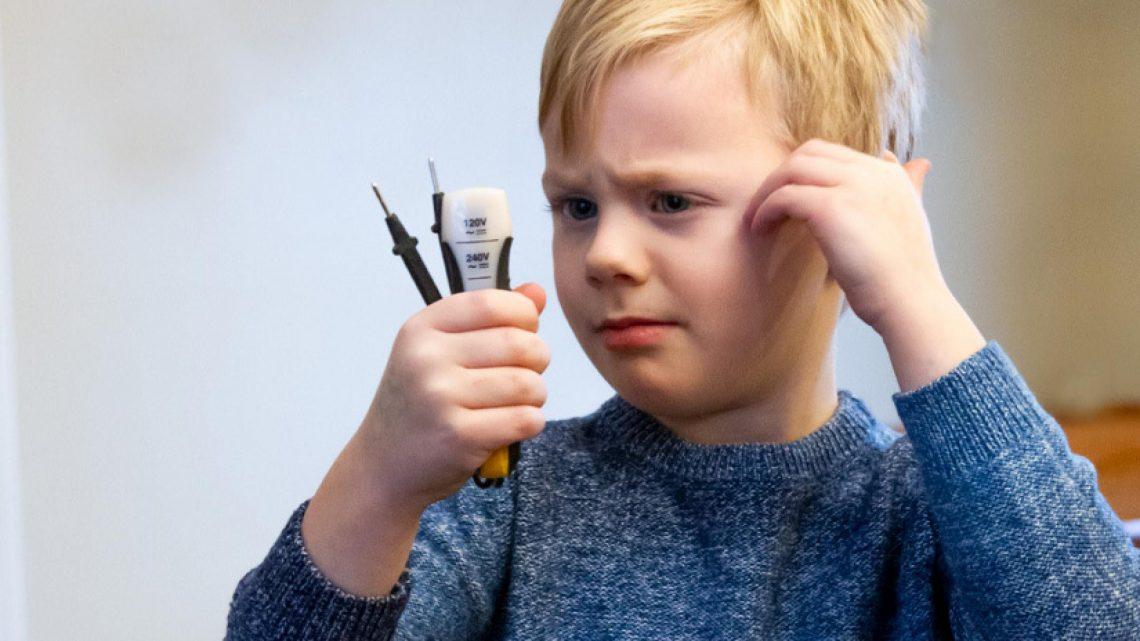 Comment expliquer l'électricité à un enfant?