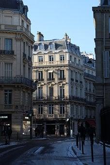 Est-ce que c'est cher un(e) Chasseur d'appartement à Paris ?